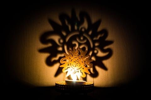 A To Z Traders, Shadow OM Tealight Candle Holder Home Decor Diwali Gift Decoration for your Home Temple and 1 Free Hand Shape LED Keychain