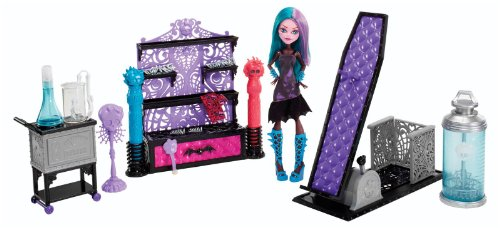 Monster High Create-A-Monster Color-Me-Creepy Design Chamber image