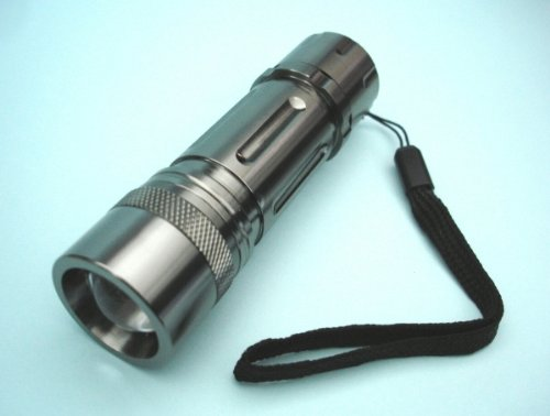 3W Cree Led Flashlight With Adjustable Beam Focus