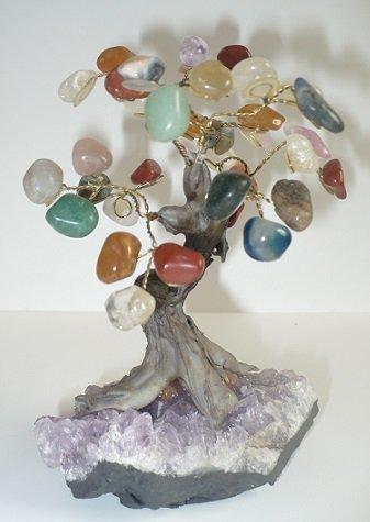 arbre-de-vie-sur-socle-amethyste-arbre-du-bonheur-et-longevite-pierres-naturelles-pierres-roulees-po