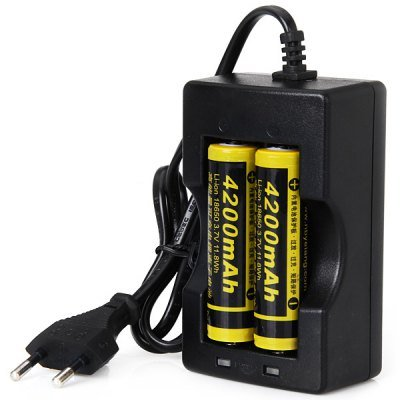 Comple 18650 3.7V 4200Mah Li-Ion Rechargeable Battery With Protection Board (2-Pack, With 18650 Dual Battery Charger)