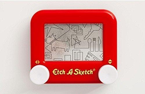 pocket-etch-a-sketch-by-ohio-art