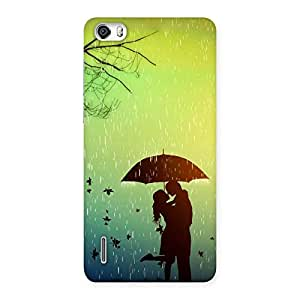 Ajay Enterprises Sweet Couple With Umbrella Back Case Cover for Honor 6