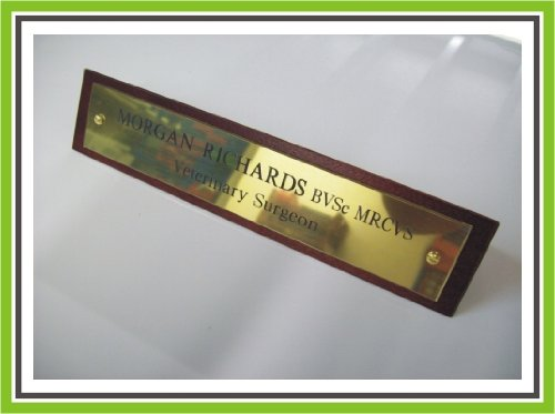 executive-engraved-brass-wooden-desk-name-plaque-dark-mahogany-large-by-engraving-world