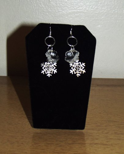 WINTER EARRINGS WITH ANTIQUED SILVER AND AUTHENTIC SWAROVSKI CRYSTAL (CLEAR) SNOWFLAKES - HANDMADE