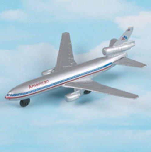 Hot Wings American DC-10 - 1