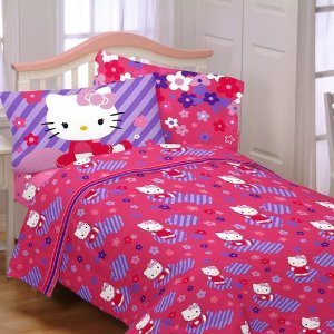 Hello Kitty Raining Flowers Reversible Bedding Comforter Twin Full