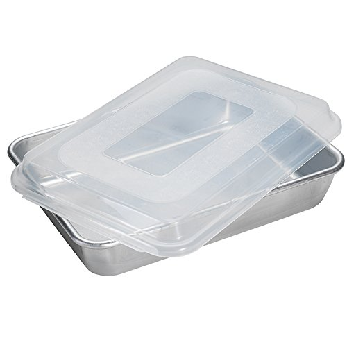 Nordic Ware Natural Aluminum Commercial Cake Pan with Lid (Nordic Ware Cake Pan With Lid compare prices)