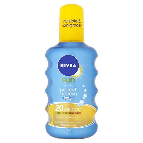 nivea-sun-protect-and-refresh-invisible-cooling-sun-spray-medium-spf-20-200ml