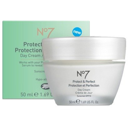 No7 PROTECT & PERFECT DAY CREAM 50ml SPF15 SEALED AND PERFECT.