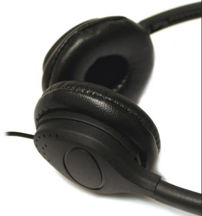 Tok Tok Designs® 20 Qty Of Cheap Stereo Headphones Leatherette Earpads (Great For Schools & Hospitals)