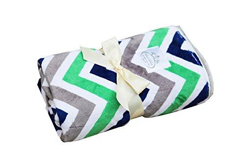 LUXE BABY Chevron Baby Blanket, Kiwi