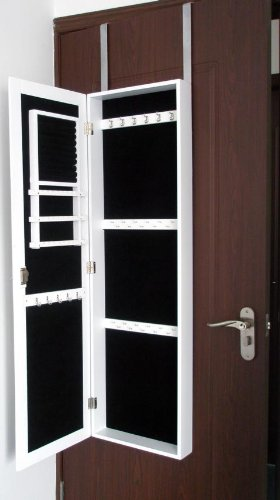 q10 schmuckschrank mit extra grossem spiegel. Black Bedroom Furniture Sets. Home Design Ideas