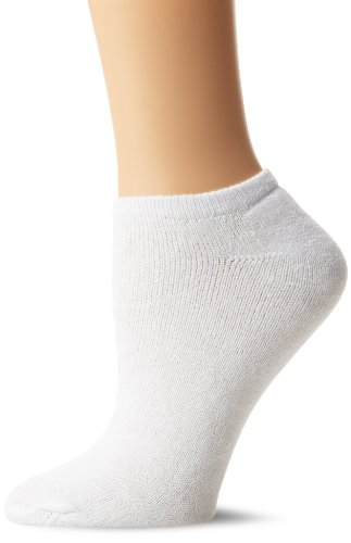 Fruit Of The Loom Women's 10 Pack Cushioned No Show Socks,  White, Shoe: 4-10 (Fruit Of The Loom No Show compare prices)
