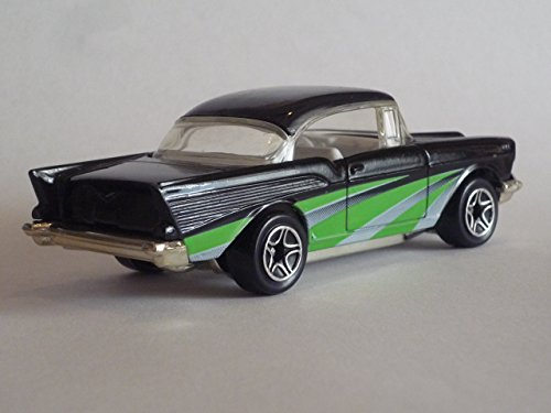 Matchbox by Matel Wheels - Classic Decades - 1957 Chevy Bel Air - Black & Green - 1:66 Scale - Series 5 - #31 - 1