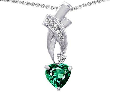 Original Star K(tm) 8mm Heart Shape Simulated Emerald Pendant in .925 Sterling Silver