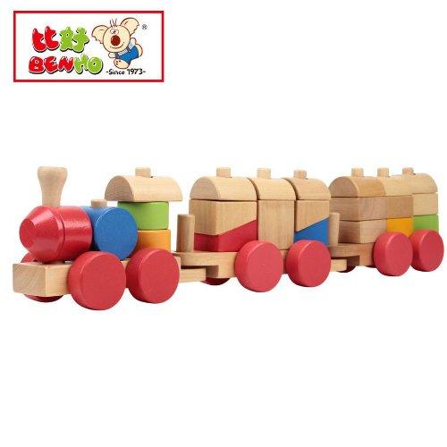 木製カラフルな積み木汽車