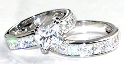 Stainless Steel Never Tarnish Amazing Swarovski Elements Princess Cut Ring And Band Set (7.29g). Stamped. Luxury suede pouch included.