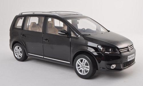 VW-Touran-TSI-schwarz-2011-Modellauto-Fertigmodell-Paudi-118