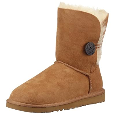 UGG Australia Women's Bailey Button Short Boots Footwear (9 Chestnut)