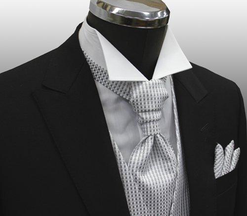 安心の国内縫製加工 ! ベスト ・ アスコットタイ ・ チーフ がセットになった フォーマル ベスト 3点 セット (シルバーグレー) VS-19
