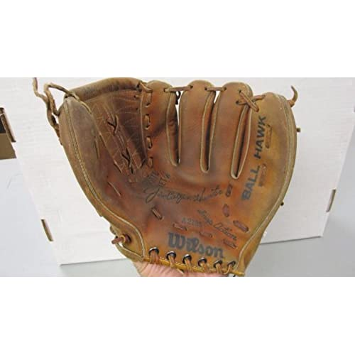 WILSON CATFISH HUNTER VINTAGE BASEBALL GLOVE A2185 NICE