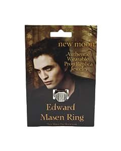 "Twilight ""New Moon"" Prop Replica (Edwards ""Pre-Vampire"" Mason Ring)"
