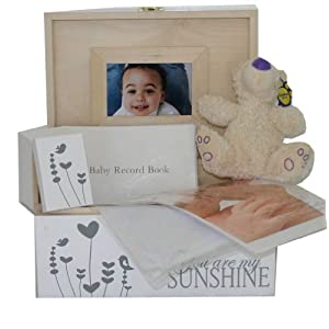 White Unisex Baby Decorative Wooden Keepsake Box Gift Sets for Christening, Baby Shower, Naming Ceremony or Mum to be