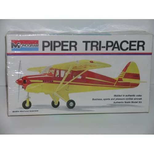 Piper Tri Pacer Civilian Aircraft   Plastic Model Kit: Everything Else
