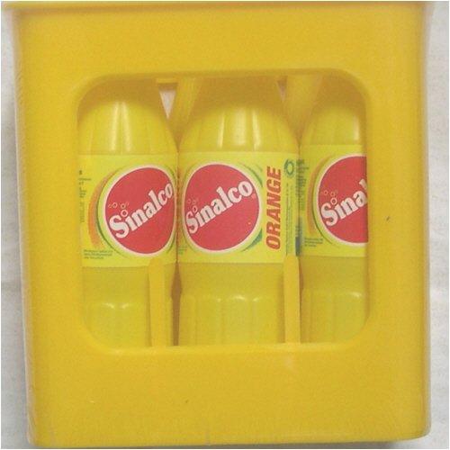 Kiste mit 6 Flaschen Sinalco
