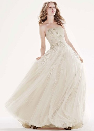 David's Bridal Wedding Dress: Tulle Ballgown