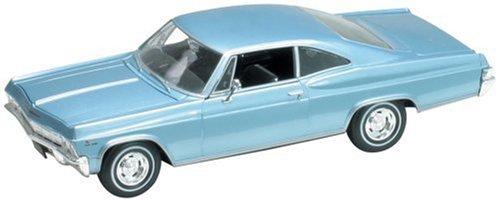 chevrolet-impala-ss-396-eisblaumetallic-welly-124