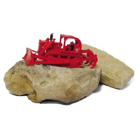 First Gear Construction Pioneers 1/87 International Harvester TD-25 Fire Dozer w/Sweep ROPS and Ripper: Red (80-0307)