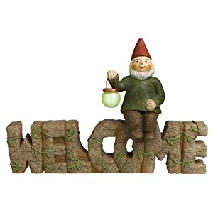 """Grasslands Road """"Welcome"""" Sign with Gnome, 10-Inch, 3-Pack"""