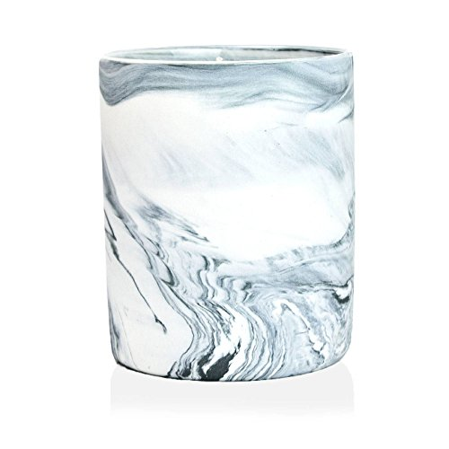 D.L. & Co. Marble Collection Midnight Tuberose Candle, 12-Ounce Creamy Nectarine