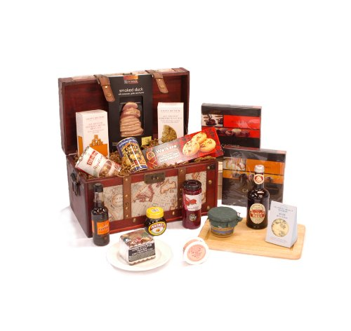 Exclusive Gents Vintage Chest Hamper with Smoked Duck, Cheese, Pate, Stuffed Olives, Ginger Beer & More
