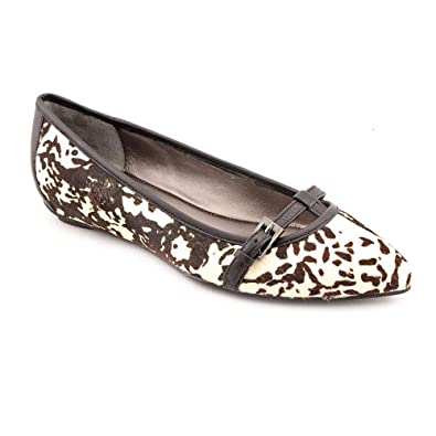 Kenneth Cole Reaction Women's Dalmation Uptown Girl 6 B(M) US