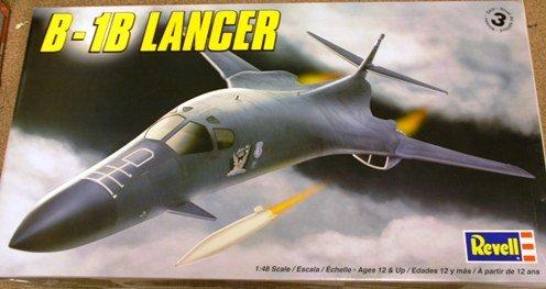 B-1b Lancer Aircraft 1-48 Revell Monogram