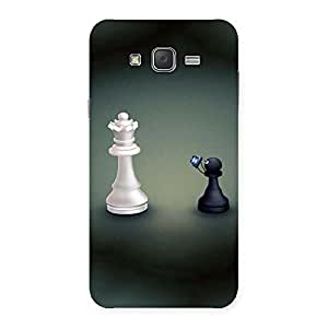 Stylish Pawn Click King Back Case Cover for Galaxy J7