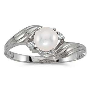 10k White Gold Pearl And Diamond Ring (Size 6)
