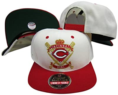 Cincinnati Reds Crest Two Tone Plastic Snapback Adjustable Plastic Snap Back Hat / Cap