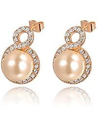 Carina Round Pearls Stud Earrings