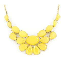 Pretty Gold-tone Statement Necklace (Yellow)