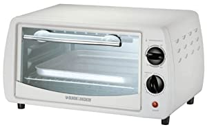 Black & Decker TRO1000 800-Watt 9-Litre Toaster Oven at amazon