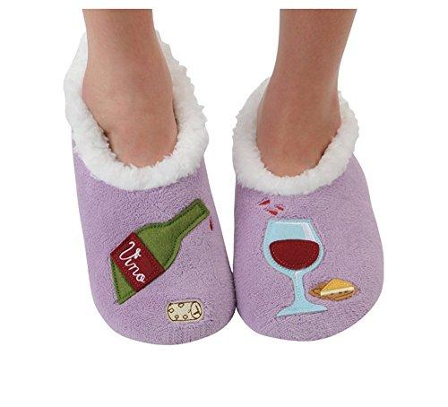 04e50f796b2 UPC 846847058398. Snoozies Womens Classic Splitz Applique Slipper Socks ...