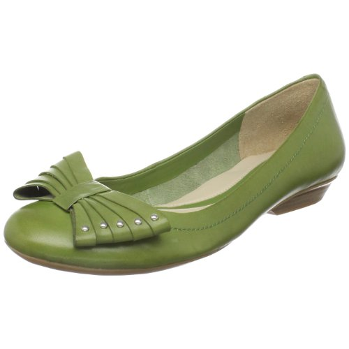 Naturalizer Women's Miriam Flat