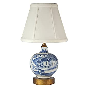 small blue white asian porcelain table lamp. Black Bedroom Furniture Sets. Home Design Ideas