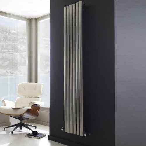 design radiator faral 115929 ontwerp inspiratie voor de badkamer en de kamer. Black Bedroom Furniture Sets. Home Design Ideas