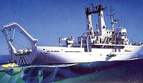 """Heller - 80615 - Construction Et Maquettes - Titanic Searcher """"Le Suroit"""" - Echelle 1/200ème"""
