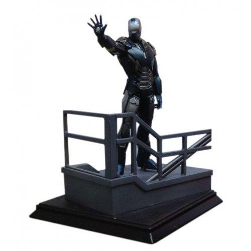 "Dragon Models Iron Man 3 - Mark 40 - Hyper Velocity Suit ""Shotgun"" Model Kit (1/24 Scale)"
